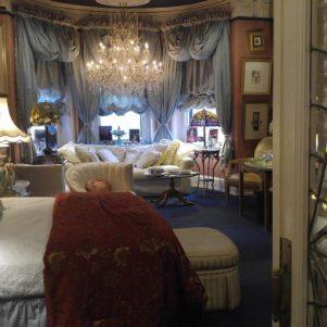 cropped-bedroom-1.jpg